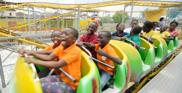 Fair Life Africa children have fun!